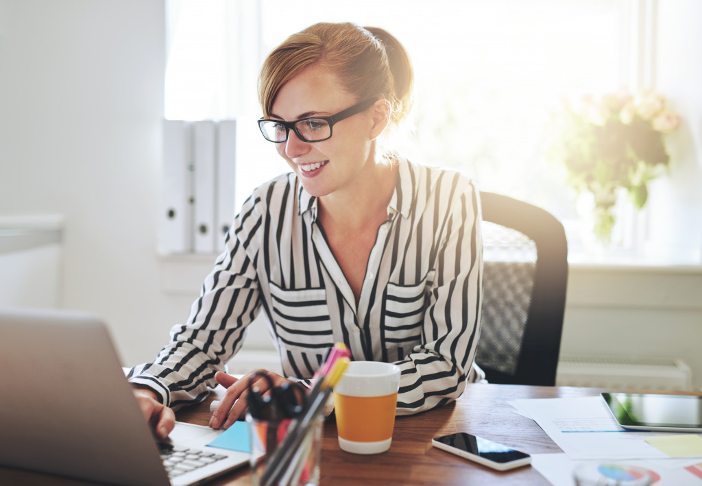 woman planning her business